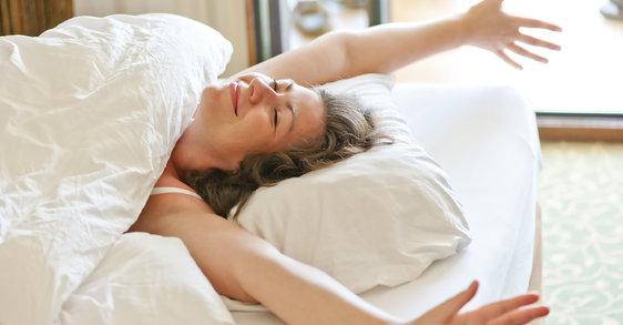 ¿Qué ingredientes hacen de Ideália Peeling el perfecto cuidado nocturno para tu piel?