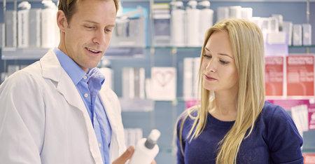 3 razones para consultar en la farmacia si tienes el cuero cabelludo sensible
