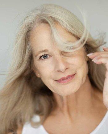 Bochornos en la menopausia: causas, síntomas y cómo tratarlo.