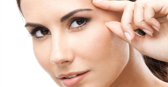 Contorno de ojos: cómo cuidarlo y fortalecerlo